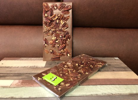 Chocolate bar melk met pecan noten