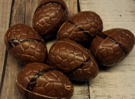 Mousse au chocolate paaseitjes