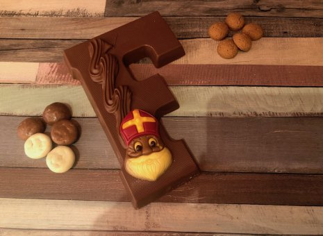 Chocoladeletter F
