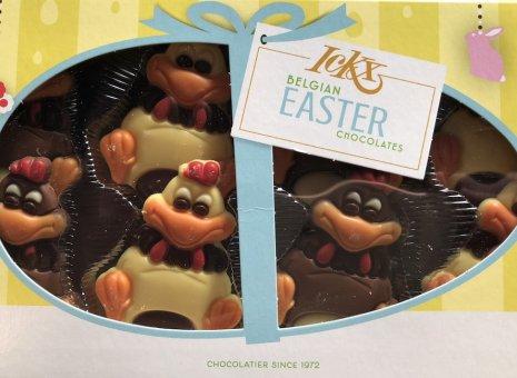 Vrolijk pasen kado verpakking chocolade kippetjes