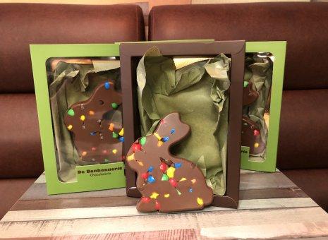 Chocolade paashaasje met m&m's
