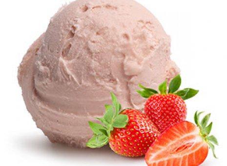 Aardbeien sorbet ijs